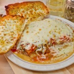 Lasagna & Garlic Bread